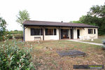 référence n° 147148389 : Valeilles - Maison de plain-pied à la campagne avec piscine