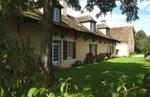 référence n° 157446847 : Lurcy-Lévis - Propriété Bourbonnaise avec Ferme composée de trois bâtiments,isolée avec 5,8 ha !! chambres...