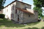 référence n° 189871352 : Bessines-sur-Gartempe - Ensemble immobilier avec deux maisons et bâtiments agricole