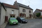 référence n° 189947265 : Montaigut-le-Blanc - Maison en pierres avec dépendances et terrain