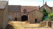 référence n° 76308394 : Vault-de-Lugny - Ensemble de bâtiments anciens avec terrain attenant